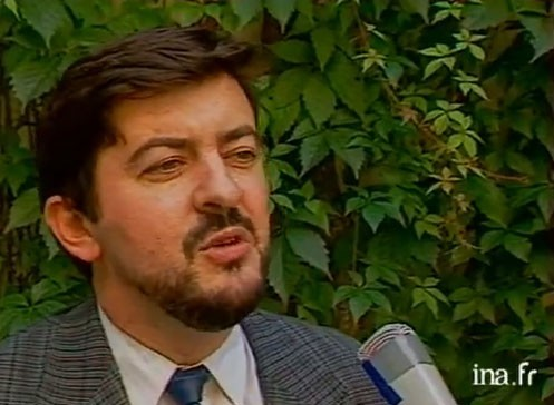 Jean-Luc-Melenchon-apparait-pour-la-premiere-fois-a-la-television-sur-IDF_portrait_w674