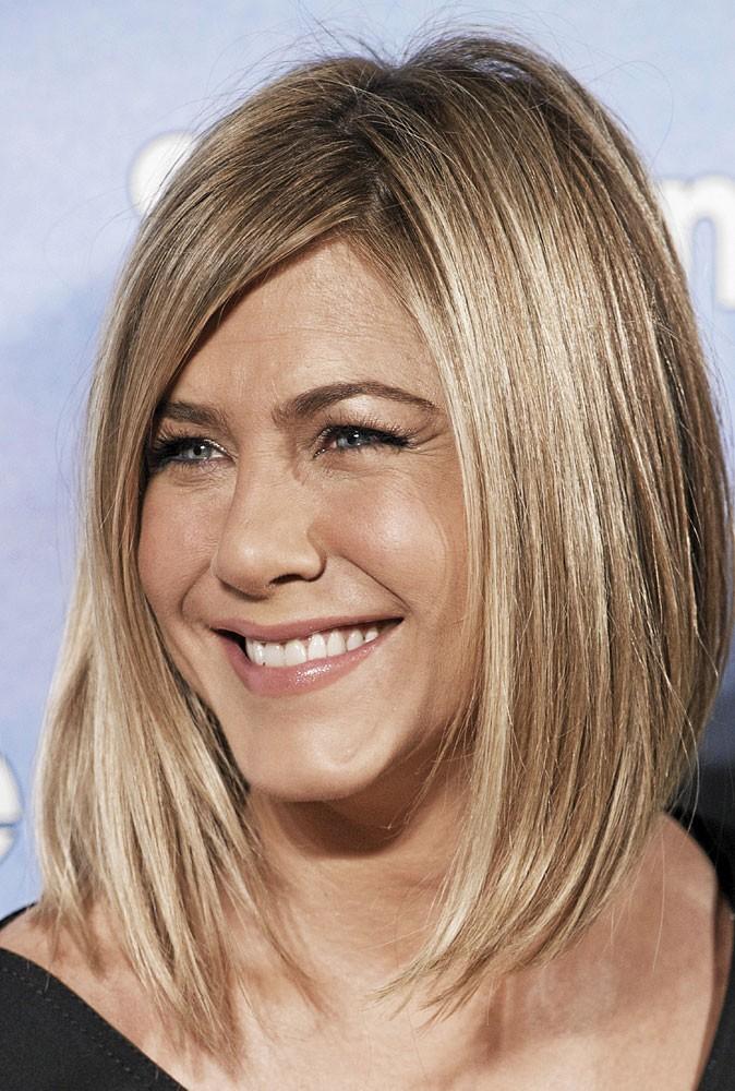 fryzury średnie proste