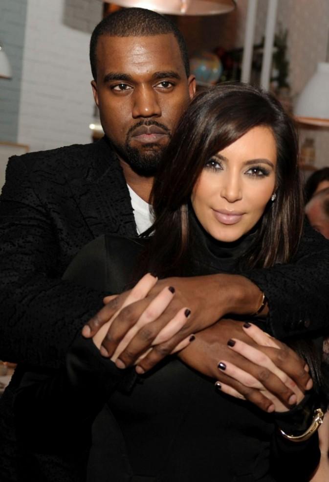 http://cdn-public.ladmedia.fr/var/public/storage/images/news/kim-kardashian-la-plus-celebre-des-bimbos-au-monde-est-enceinte-de-kanye-west-358487/4611796-3-fre-FR/Kim-Kardashian-la-plus-celebre-des-bimbos-au-monde-est-enceinte-de-Kanye-West_portrait_w674.jpg