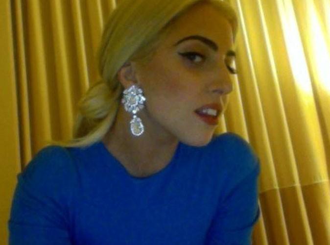 http://cdn-public.ladmedia.fr/var/public/storage/images/news/lady-gaga-elle-semble-crevee-un-mois-avant-le-debut-de-sa-tournee-215103/2108785-1-fre-FR/Lady-Gaga-elle-semble-crevee-un-mois-avant-le-debut-de-sa-tournee_portrait_w674.jpg