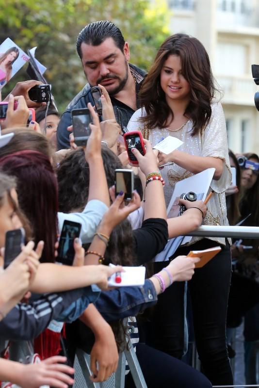 Selena Gomez : de la folie de Paris à celle de Venise ...