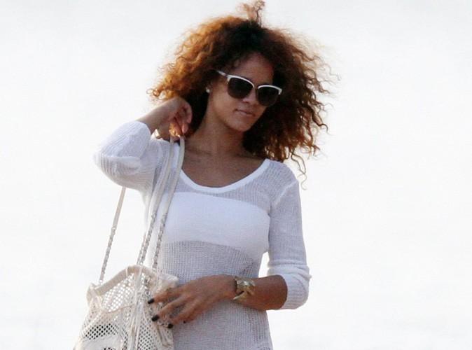 Rihanna : en mode touriste sur la plage de Rio de Janeiro !